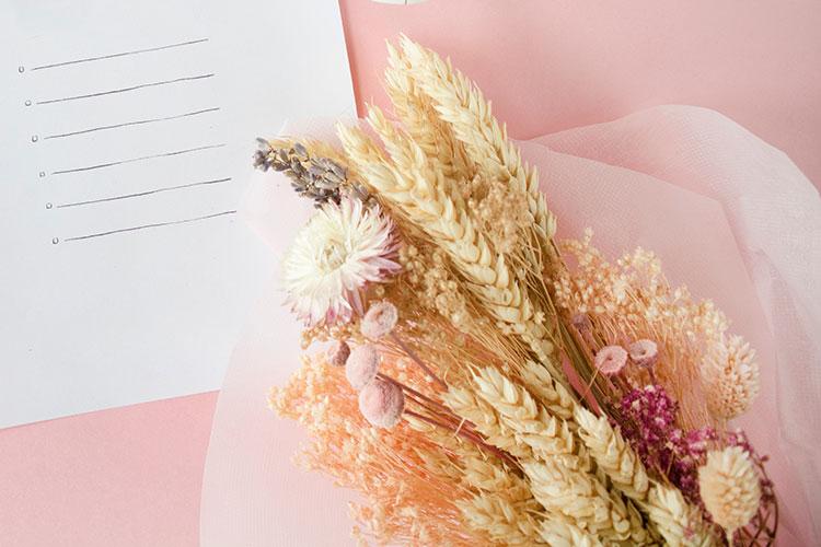 var kan man köpa torkade blommor