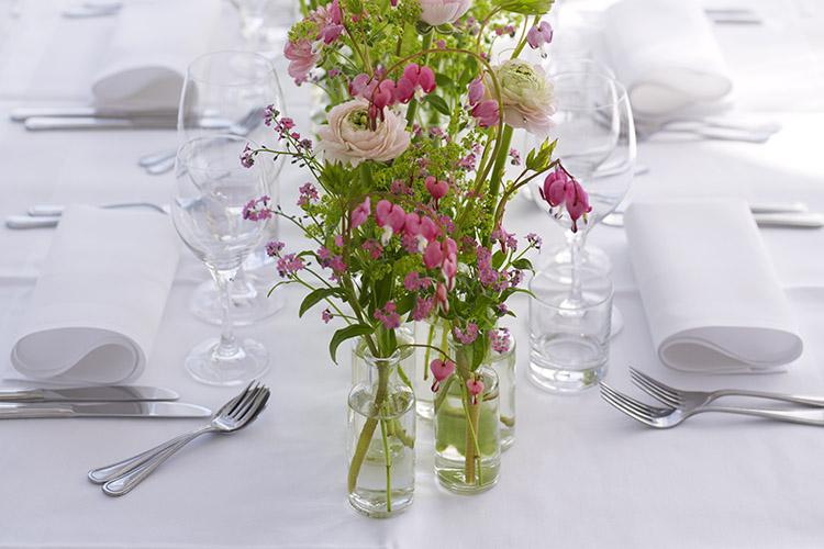 beställa blommor till bröllop